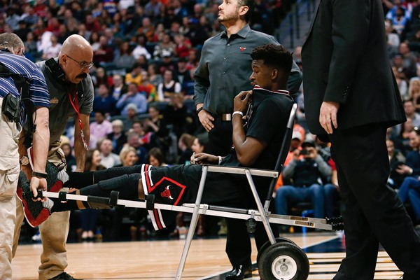 Jimmy Butler (Knee) Taken Off Court in Wheelchair