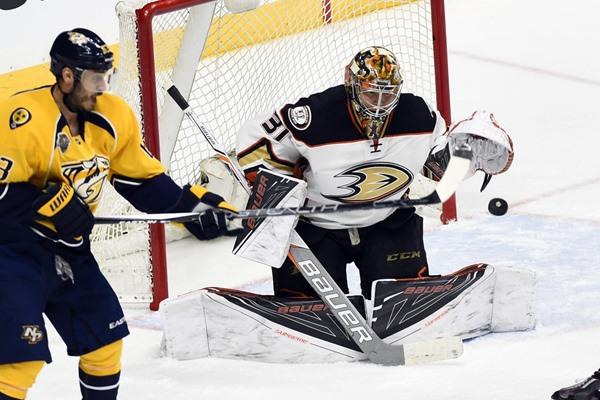 Daily FanDuel Fantasy Hockey Picks: April 23, 2016