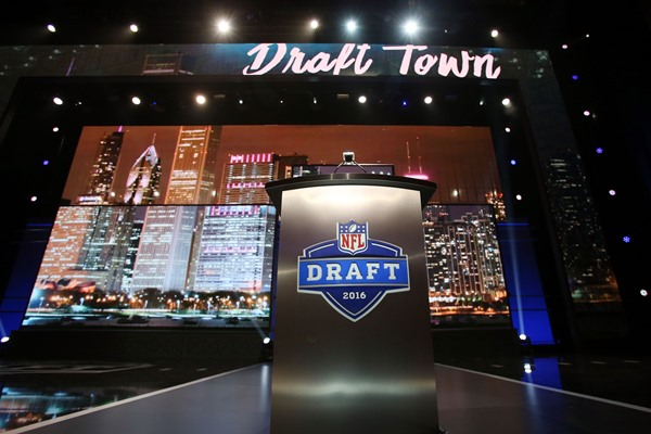 2016 NFL Draft Live Tracker and Grades, First Round