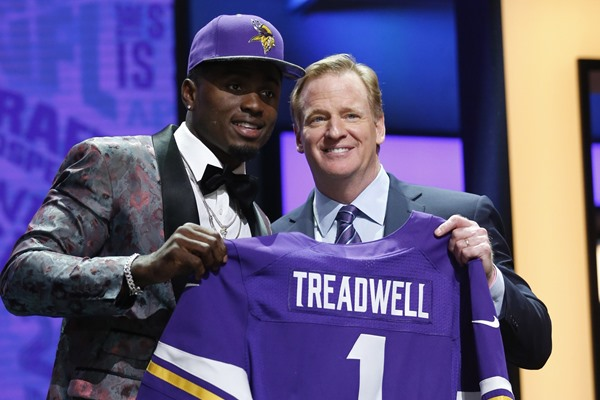 Vikings Address Biggest Need in Round One
