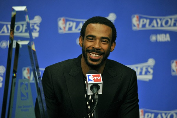 Memphis Grizzlies Re-Sign Mike Conley to Five-Year, $153 Million Contract