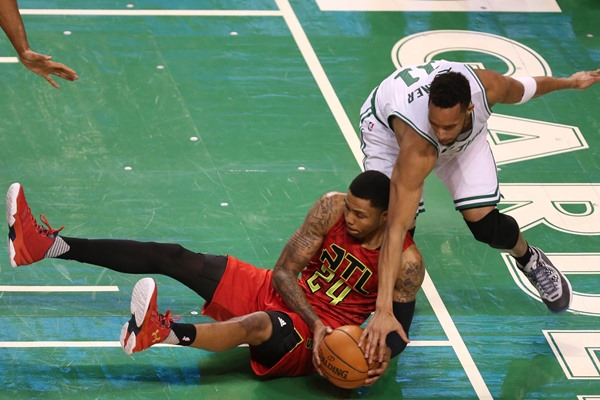 Atlanta Hawks Re-Sign Kent Bazemore to Four-Year, $70 Million Contract