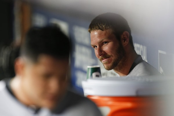 White Sox Suspend Chris Sale Five Games
