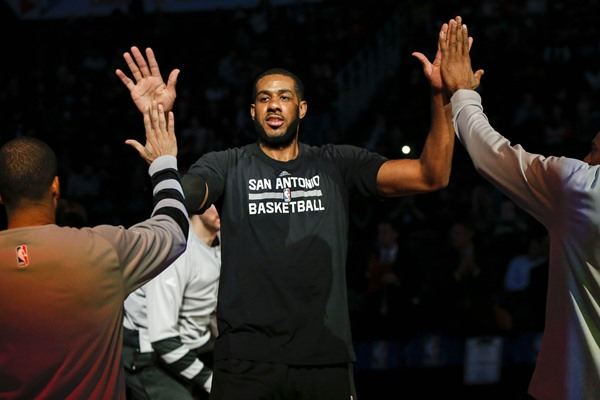 Spurs F LaMarcus Aldridge Out Tuesday vs Bucks