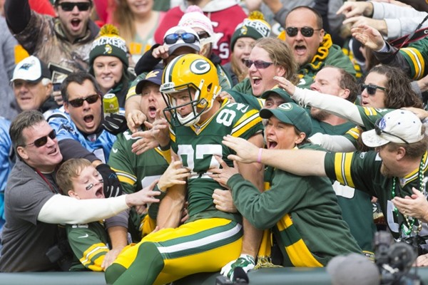 Despite Two Fractured Ribs, Jordy Nelson Hopes to Play Sunday