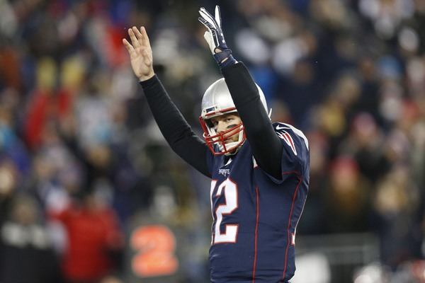 Tom Brady, Patriots Ovecome Turnovers to Beat the Texans