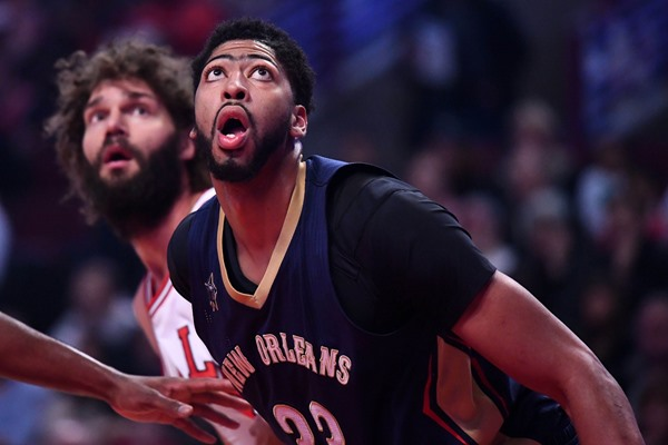 Pelicans F Anthony Davis Scores 36 in Loss to the Bulls