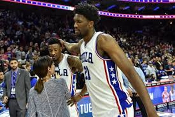 Sixers C Joel Embiid Out Indefinitely with Swelling in Knee