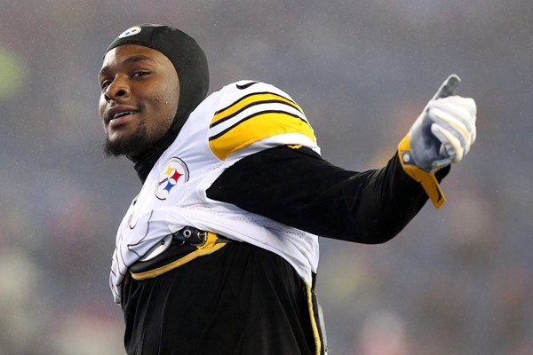 Fantasy Slant: Steelers Hand Le'Veon Bell Exclusive Franchise Tag