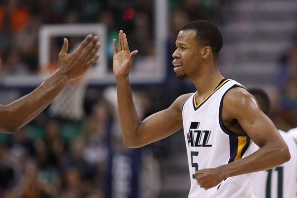 Jazz G Rodney Hood Out Tuesday Against the Blazers