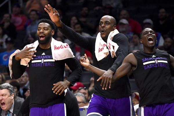 Kings to Rest Three Starters Sunday Against the Rockets