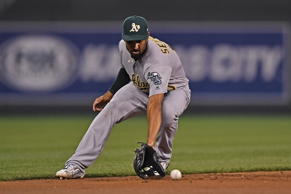 A's SS Marcus Semien to Undergo Wrist Surgery