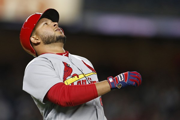 Cardinals Place 3B Jhonny Peralta on Disabled List