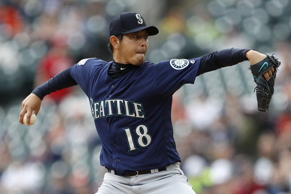 Injury Alert: Mariners Starting Pitcher Hisashi Iwakuma Out At Least a Month