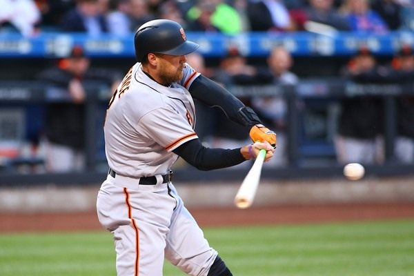 Injury Alert: Giants OF Hunter Pence Could be Headed to DL