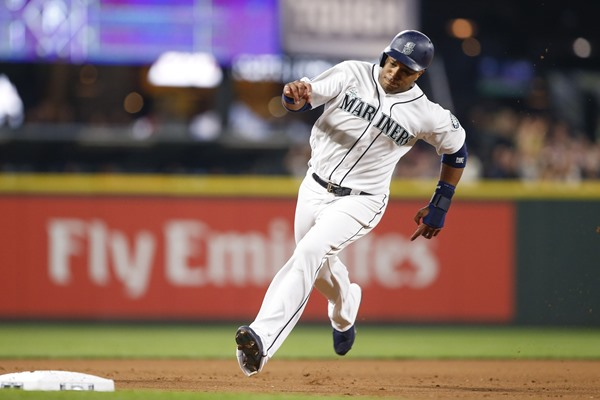 Injury Alert: Mariners Place 2B Robinson Cano on DL