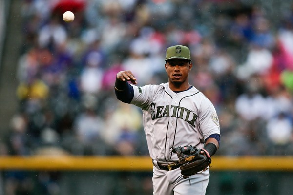 Fantasy Slant: Mariners Sign Jean Segura to Five-Year Extension