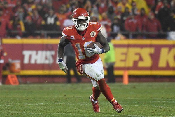 Chiefs Pronounce Tyreek Hill as No. 1 Receiver Following Release of Jeremy Maclin