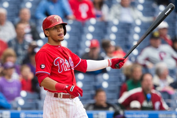 Phillies Place 2B Cesar Hernandez on DL with Oblique Injury