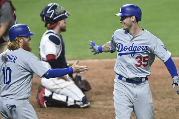 Dodgers' Rookie Cody Bellinger Continues to Rake