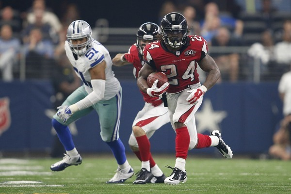 Fantasy Slant: Falcons Make Devonta Freeman NFL's Highest-Paid Running Back