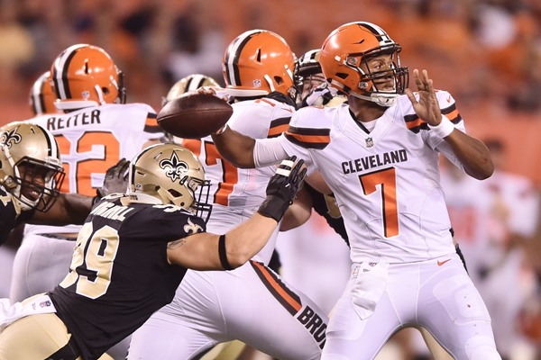 Fantasy Slant: Browns Rookie QB DeShone Kizer Shows up Big Time in Preseason Debut