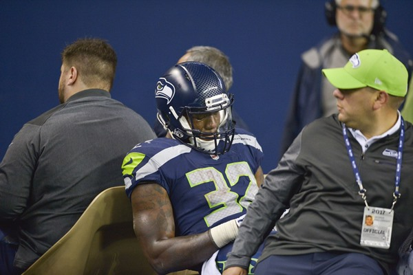 Seahawks' Chris Carson Placed on IR with Broken Leg