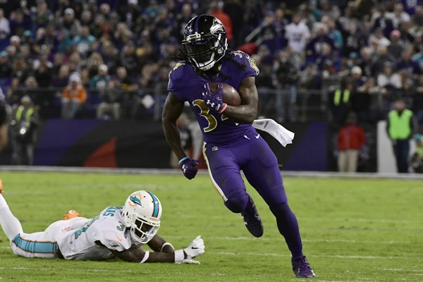 Fantasy Slant: Ravens RB Alex Collins to Receive More Touches