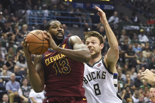 Report: Cavaliers PF Tristan Thompson to Miss One Month