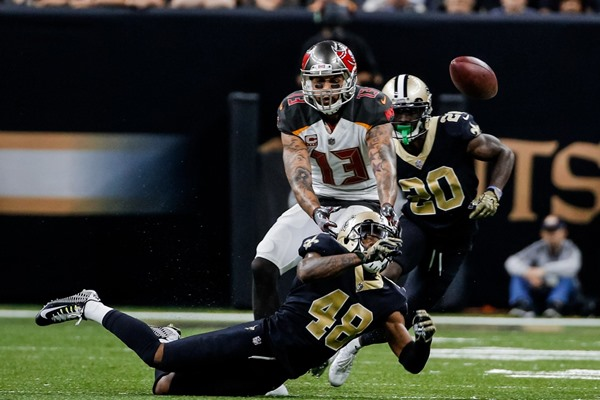 Fantasy Impact: Buccaneers WR Mike Evans Suspended for Week 10
