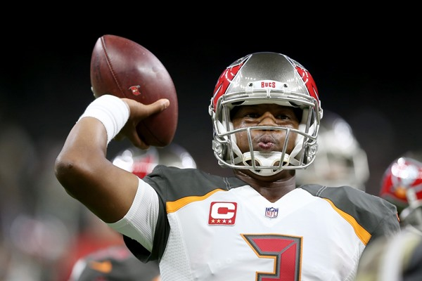 Fantasy Impact: Buccaneers QB Jameis Winston (Shoulder) to Miss Several Weeks
