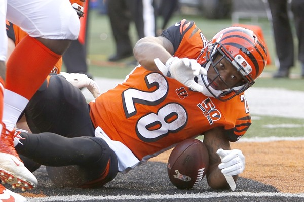 Fantasy Impact: Bengals RB Joe Mixon Ruled Out for Week 14