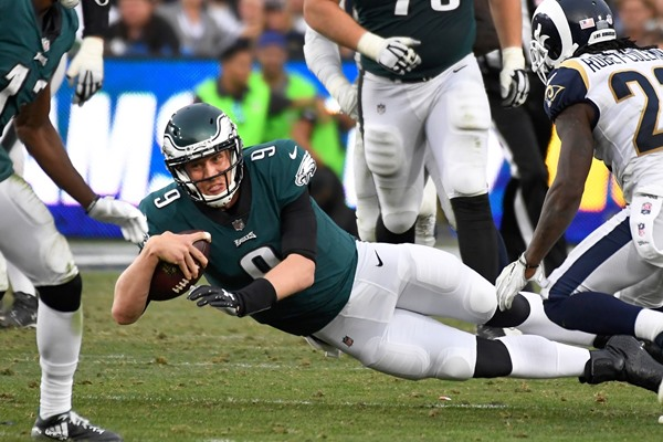 "Report: Eagles  ""Concerned"" QB Carson Wentz Tore ACL"