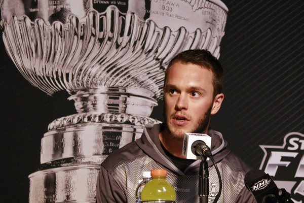 NHL Playoffs: Why Jonathan Toews is Best in NHL